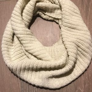 Infinite Scarf - Ivory